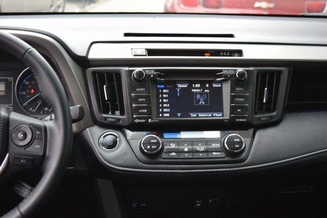 2018 Toyota RAV4 Richmond Hill, New York 20