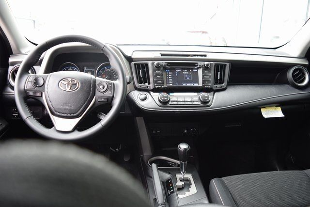 2018 Toyota RAV4 Richmond Hill, New York 22