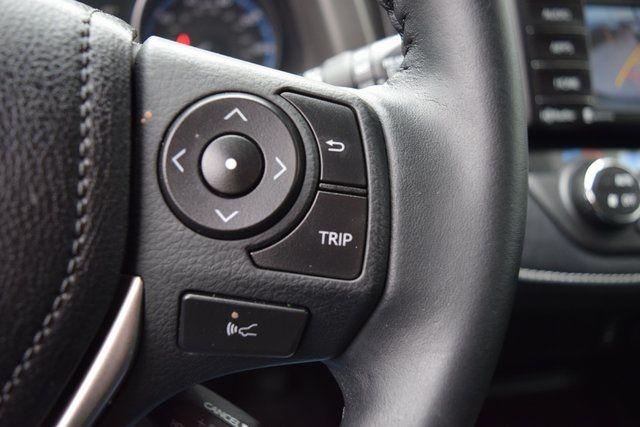 2018 Toyota RAV4 Richmond Hill, New York 32
