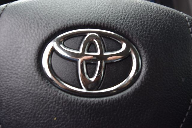 2018 Toyota RAV4 Richmond Hill, New York 33