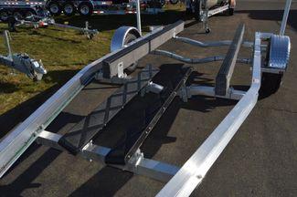 2018 Venture Commander 3400 lb Cap. Premium Trailer Fits  20-22ft Boat East Haven, Connecticut 10