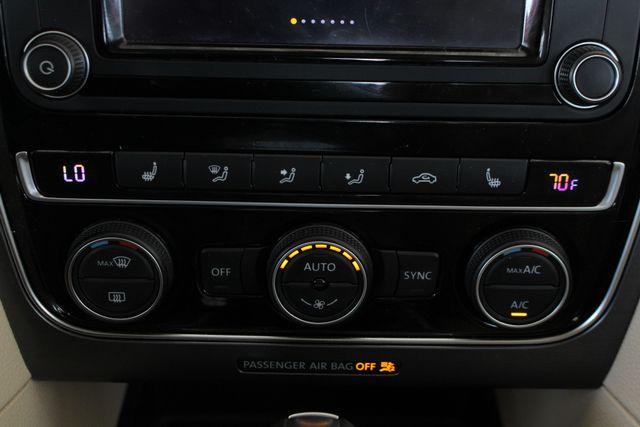 2018 Volkswagen Passat R-Line FWD - ADAPTIVE CRUISE - BLIND SPOT! Mooresville , NC 34