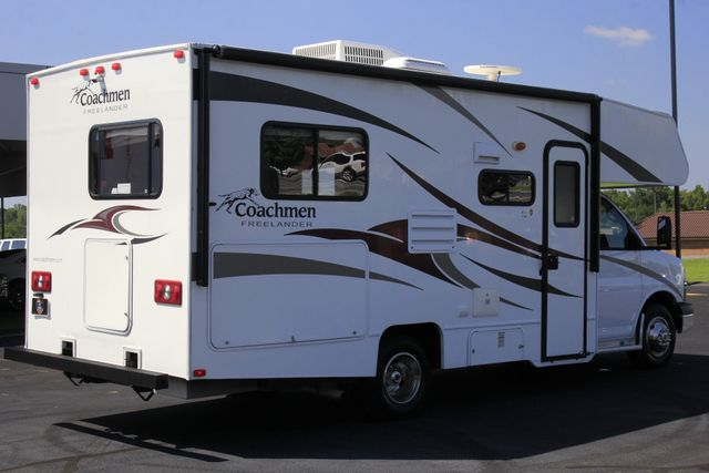2011 Coachmen Freelander 21QB - ONLY 16K MILES  - BRAND NEW TIRES! Mooresville , NC 26