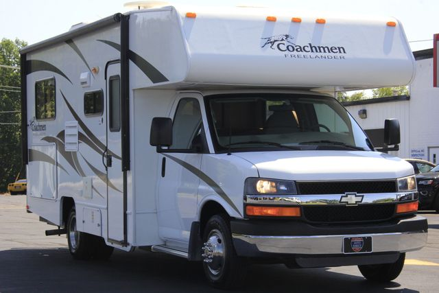 2011 Coachmen Freelander 21QB - ONLY 16K MILES  - BRAND NEW TIRES! Mooresville , NC 28