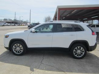 2019 Jeep Cherokee Latitude Plus Houston, Mississippi 2